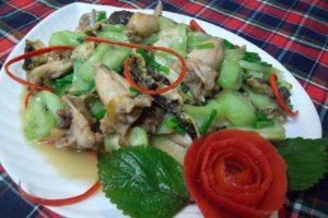 Món ếch xào mướp vừa đẹp mắt vừa ngon miệng.