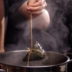 cách làm bánh gio chấm mật